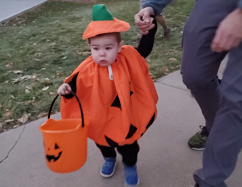 trick or treating, october family time